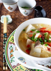 『体が温まる*豆腐たっぷり酸辣湯スープ*ラーメンにも』