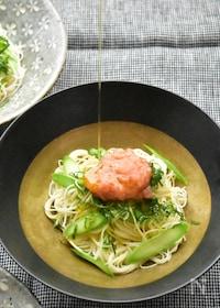 『ちょっぴり洋風♪たらことアスパラのオイル素麺〜白だし風味』