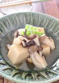 『高野豆腐のキノコあんかけ煮』