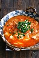 豆腐と落とし卵のキムチ煮込み