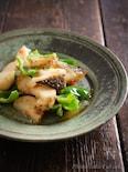 塩鱈と長芋、ピーマンのフライ、スイートチリソース