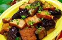 【ヘルシーガッツリ!!】厚揚げとナスのスタミナ炒め