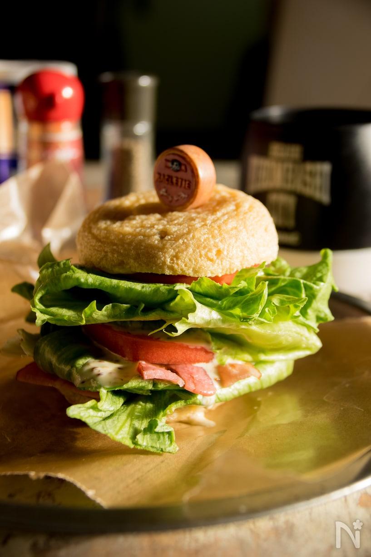 大きながんもどきでBLTハンバーガー
