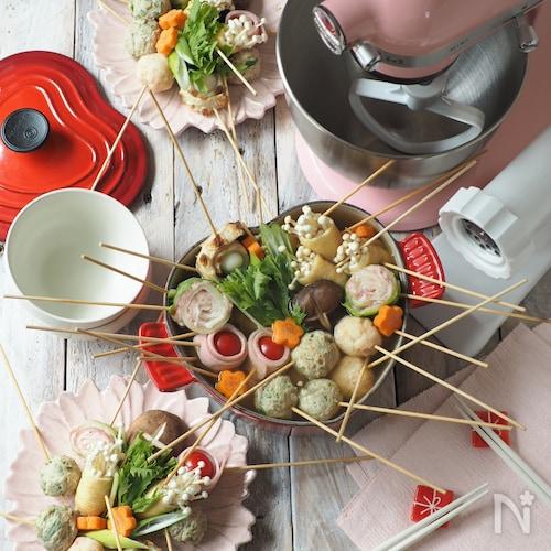 手作り鶏団子と海老団子の串鍋