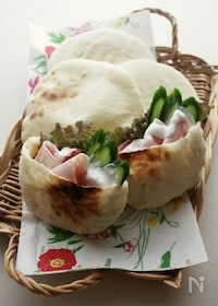 『オーブントースターでOK!ポケットが出来るパン、ピタパン』