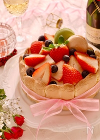 『赤い実のシャルロットケーキ』