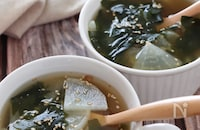 味噌汁とはひとあじ違う♡大根とわかめの味噌スープ
