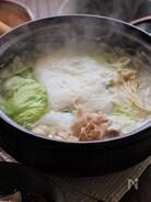 レタスと豚肉の豆乳とろろ鍋