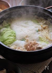 『レタスと豚肉の豆乳とろろ鍋』