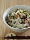 蓮根とベーコンとひじきの炊き込みご飯