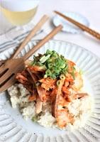 火を使わずにできるおつまみ、豆腐のキムチャーシューのせ