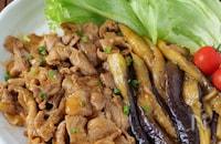 【材料2つで超速攻】豚こま肉とトロトロ茄子の韓国風うま辛炒め