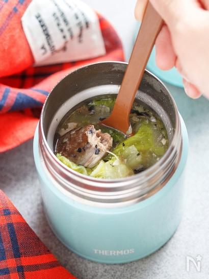 サバ缶白菜の味噌汁
