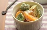 旬の果物を食卓に!秋の美味しい「柿」を使ったおかずレシピ5選