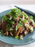 『牛肉とごぼうの甘辛炒め たっぷり薬味ねぎのせ』お弁当にも。