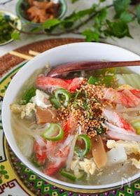 『【白菜たっぷりおかずスープ】とろとろ白菜とカニかま卵スープ』