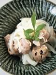 砂肝と新玉ねぎの塩麹蒸し(ストウブ料理)