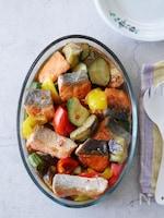 【めんつゆで簡単】夏野菜ごろごろ鮭の南蛮漬け