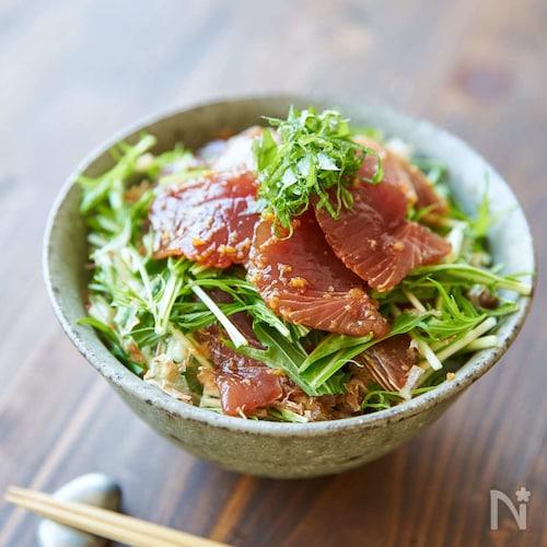 【一皿で満足ごはん】かつおの漬け丼(のっけごはん)