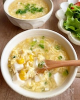 豆腐とコーンのかき玉スープ