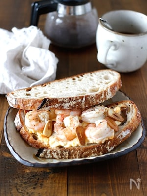 シュリンプ卵サンド