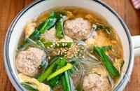 【肉団子と春雨のニラ玉スープ】たっぷりボリュームおかずスープ