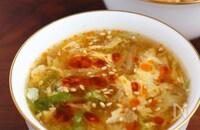 簡単美味♪白菜と卵の酸辣湯(サンラータン)風スープ