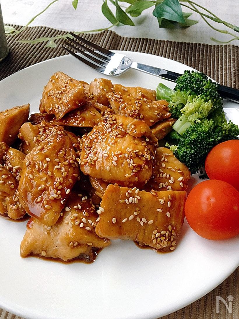 鶏むね肉のごま照り焼き