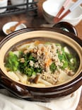 豆腐と菜の花の鶏そぼろ鍋