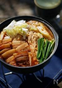 『山のキムチ鍋』