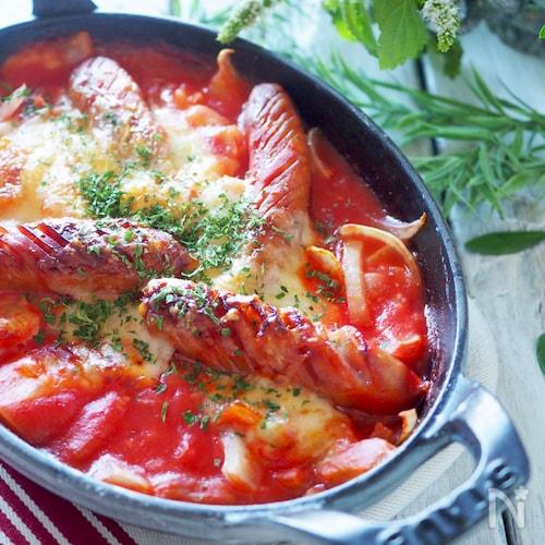 ソース不要で簡単です!ウインナーとポテトのトマトグラタン
