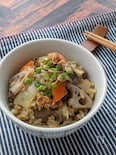 まいたけと鯖味付缶と根菜の炊き込みご飯