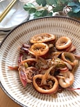 おつまみにバッチリ・簡単♡スルメイカと長ねぎのオイマヨ炒め