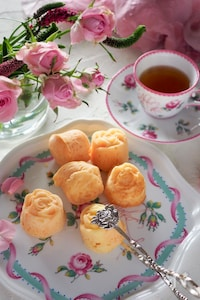 【ホットケーキミックスで】薔薇のひとくちマドレーヌ
