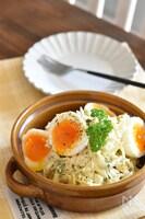 キャベツと卵のごまマヨデリ風サラダ