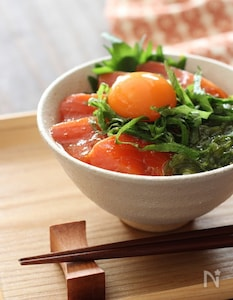 漬けサーモン丼