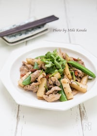 『豚肉と長芋のエスニック炒め』