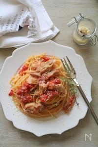チキンのトマト煮込みパスタ