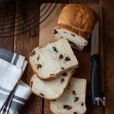 レーズンミニ食パン。