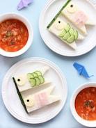 【子どもの日に】身近な材料で簡単に!こいのぼりサンドイッチ