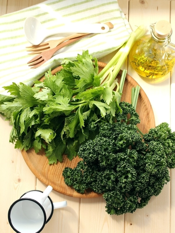 栄養たっぷり「パセリ」と「セロリの葉っぱ」活用レシピ