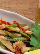 鶏胸肉とアスパラガスのアジアン炒め