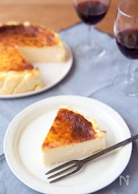 『焦げ目がおいしい!バスク風チーズケーキ』