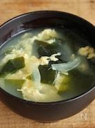 簡単!ワカメと玉ねぎ入り玉子スープ