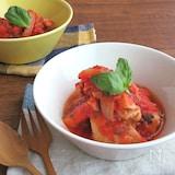 おうちで簡単イタリアン♪鶏もも肉のバジルトマト煮込み
