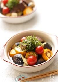『サイコロステーキと夏野菜の焼き浸し』