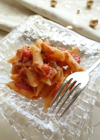『【包丁不使用】トマト缶とツナとバジルのペンネ』