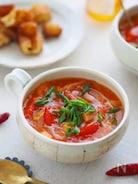 からだポカポカ簡単レシピ『かにかまとトマトの春雨ープ』