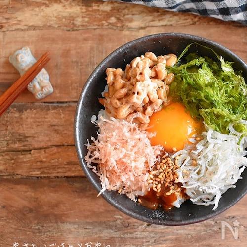 発酵調味料を簡単に使おう♡醤油麹で栄養満点卵かけごはん