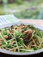 水菜、ツナ、梅肉の和風パスタ